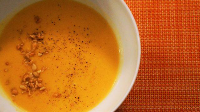 Rezept für Süßkartoffel-Erdnuss-Suppe